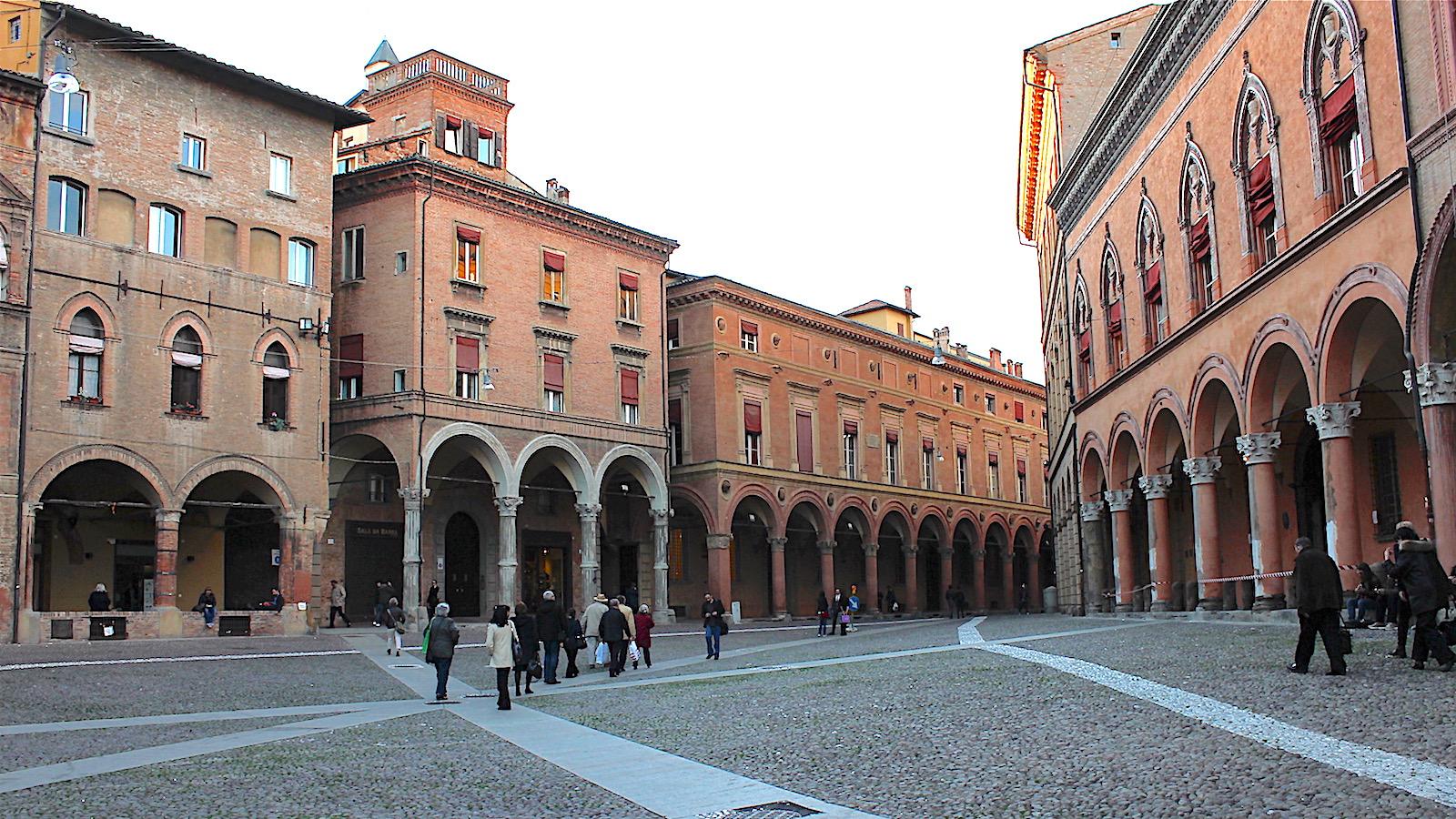 イタリアの ボローニャ国際絵本原画展 へ実際に行ってみた/2012年
